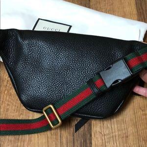 Gucci Bags - Gucci print belt bag in black. Sz 90